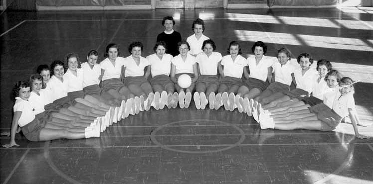 7th grade volleyball team: Class of 1964